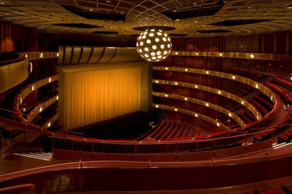 KochTheatre_TheatreInterior